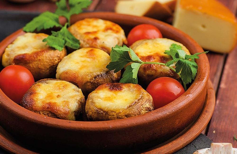 Грибы с сыром Сулугуни