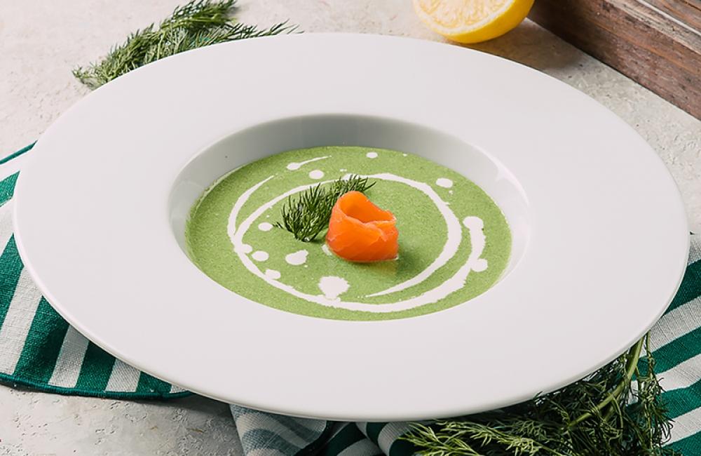 Крем-суп из шпината с копченым лососем